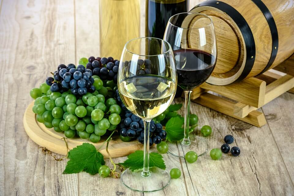 Alittle Alcohol:Picture from Pixabay